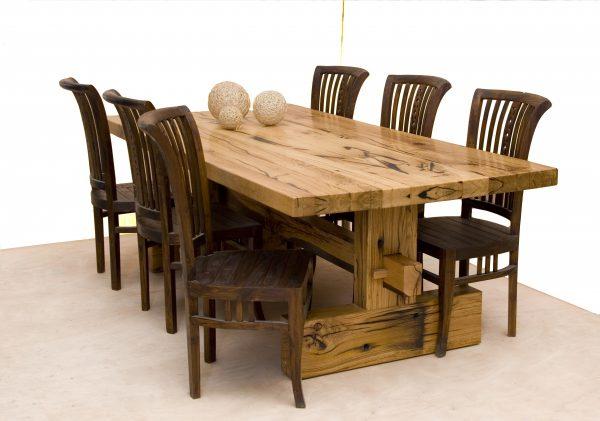שולחן מעוצב מאדני רכבת -שחפופיה